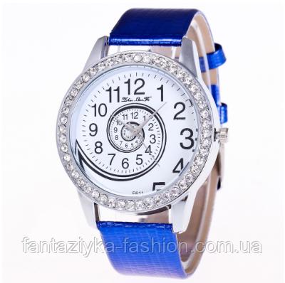 Часы женские синие со стразами