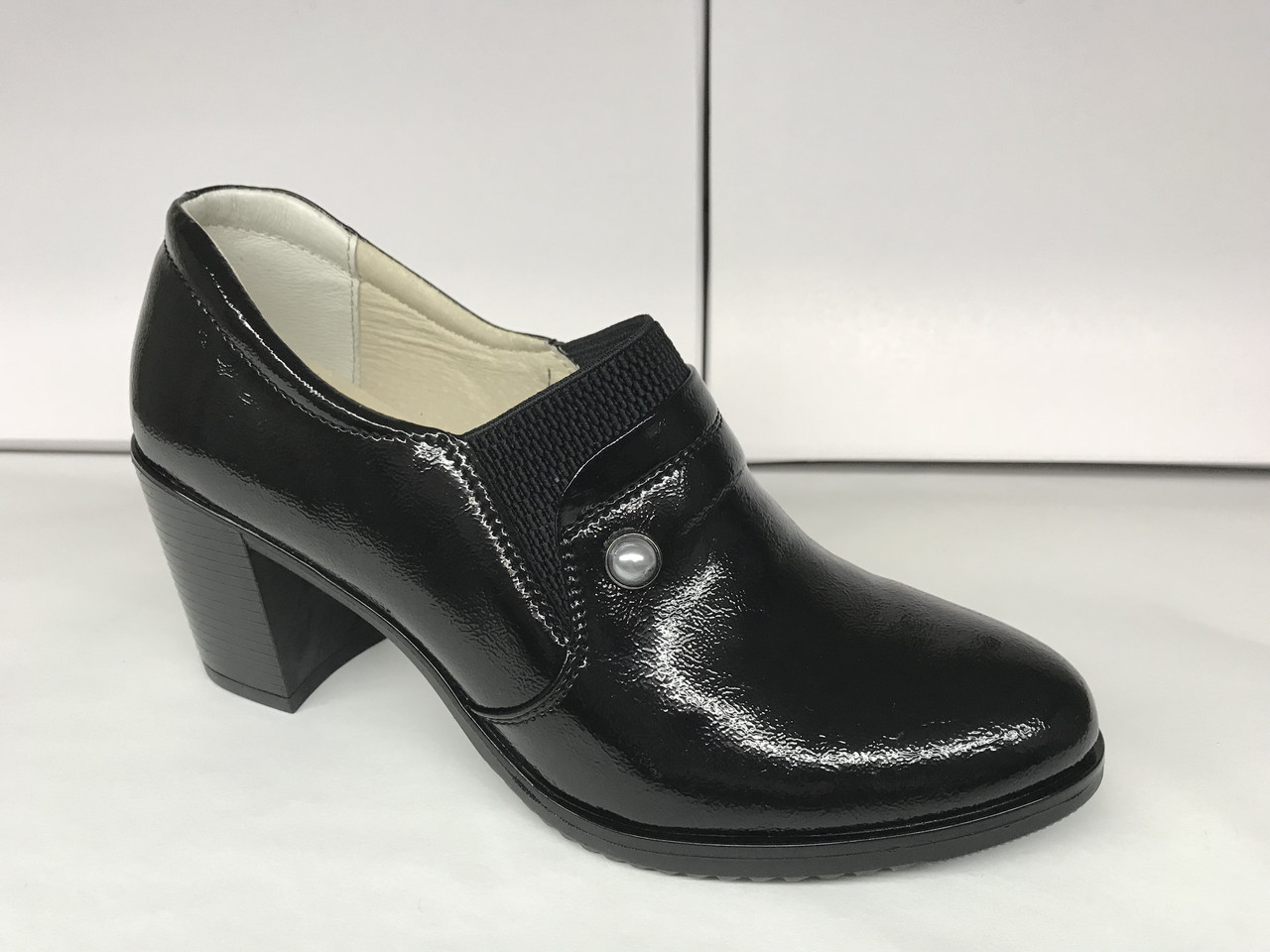 e0adf4a8d56b Женские туфли на низком каблуке. Украинский бренд. Опт и розница ...