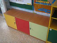 Шкаф детский угловой  с полками и дверками