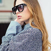 Женские солнцезащитные очки Celine черного цвета - чехол и салфетка в подарок