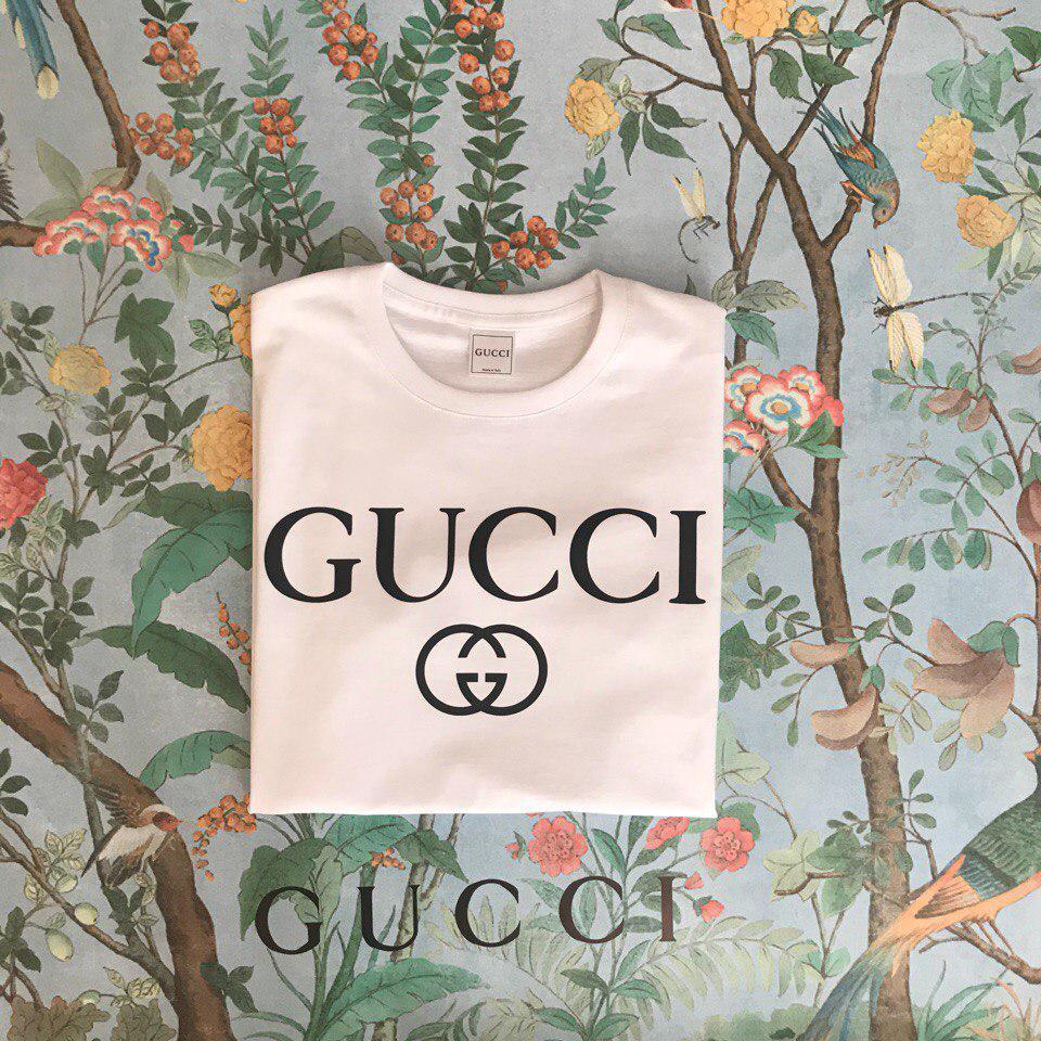 Футболка Gucci, черное лого