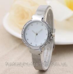 Женские часы серебристые с браслетом Миланского Плетения Mesh Straps