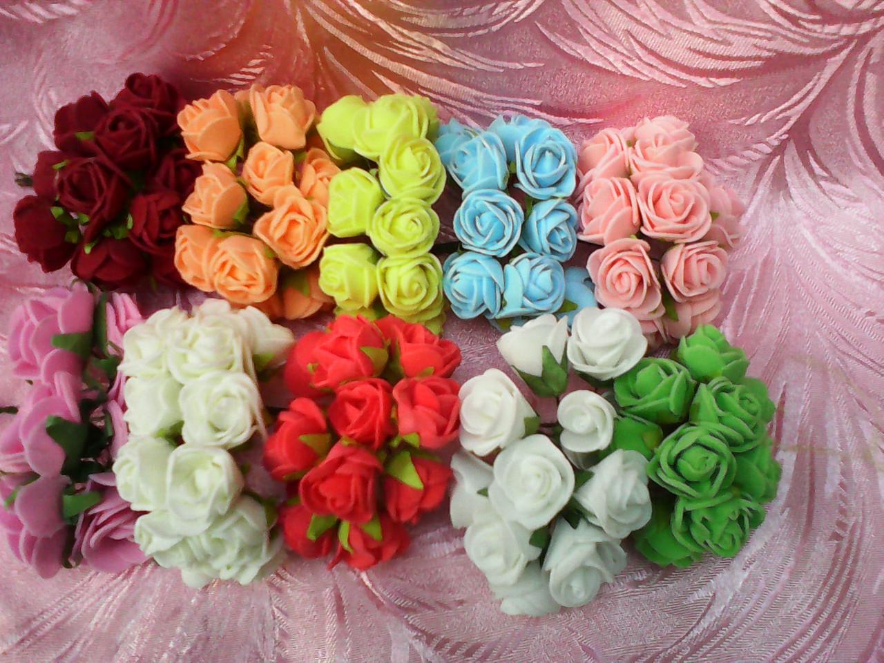 Роза латексная в букетике 12 грн