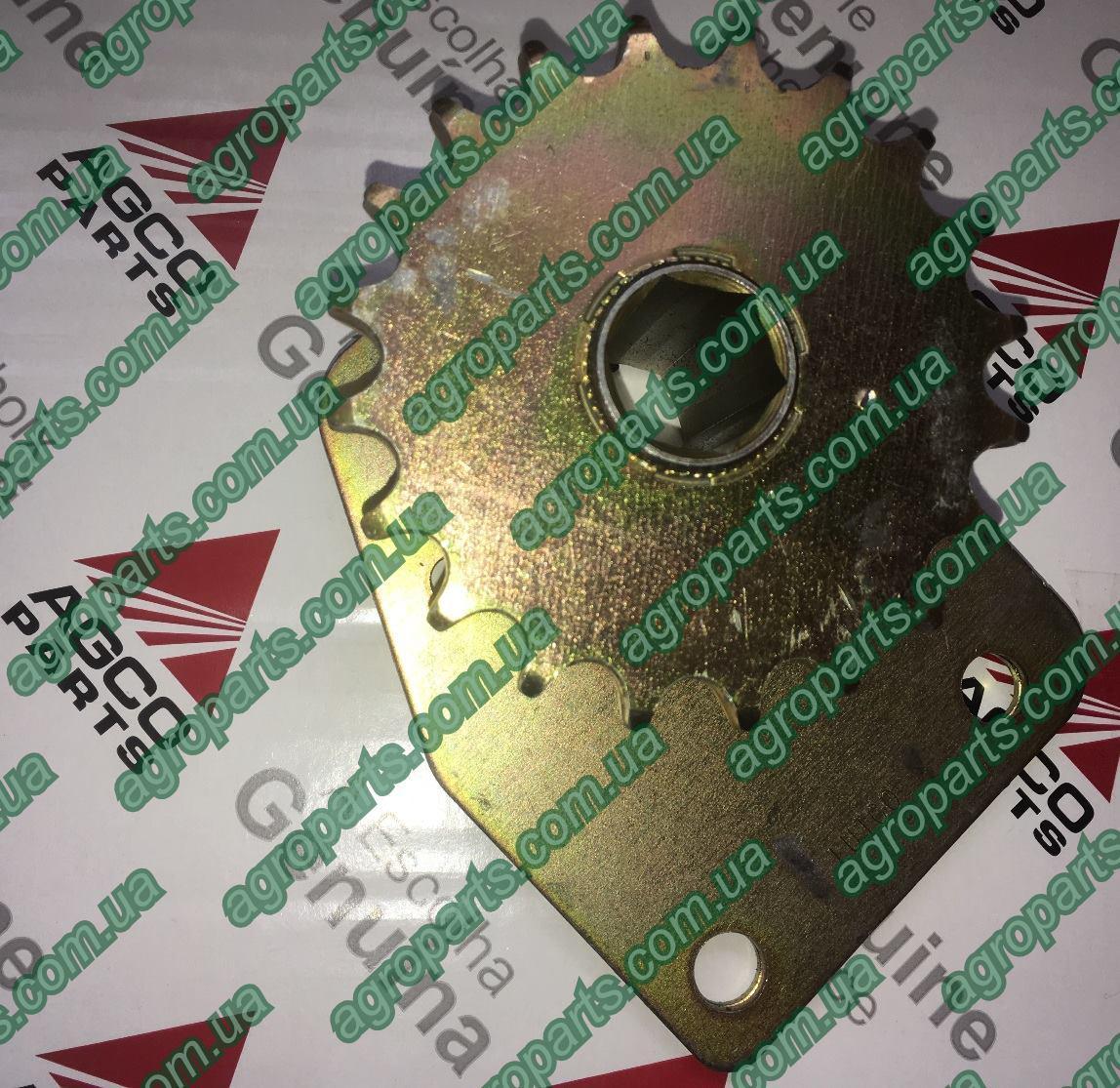 Блок звёздочка 700721750 MF Challenger AGCO z20 Massey Ferguson зірочка з кронштейном