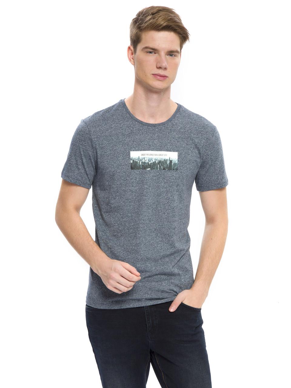 Сіра чоловіча футболка LC Waikiki / ЛЗ Вайкікі з картинкою на грудях