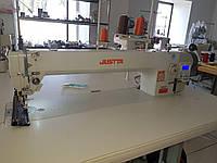 Длиннорукавная 1-игольная прямострочная машина с автоматикой ,обрезкой нити и встроенным сервомотором JT-0303