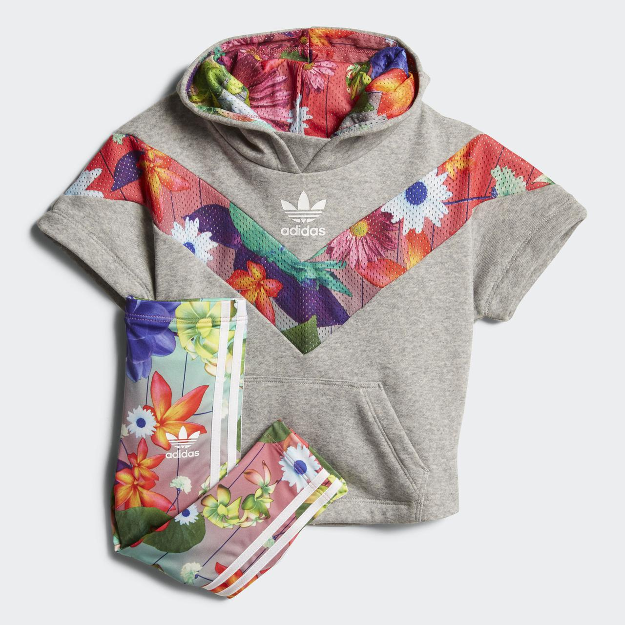 Купить Детский костюм Adidas Originals Graphic (Артикул  CE4385) в ... 4ddca6a9f94