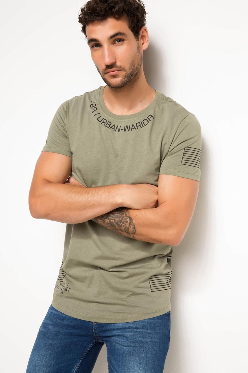 Хаки мужская футболка De Facto / Де Факто с надписями