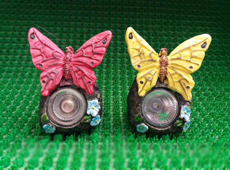 Декоративный Садовый светильник на солнечной батарее RGB CAB84 Бабочки