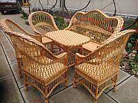"""4 кресла и диван со столом """"Обычные"""" с белыми вставками"""