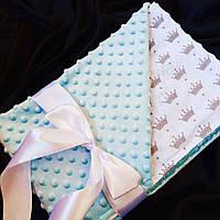Плед для новорожденного голубой с коронами