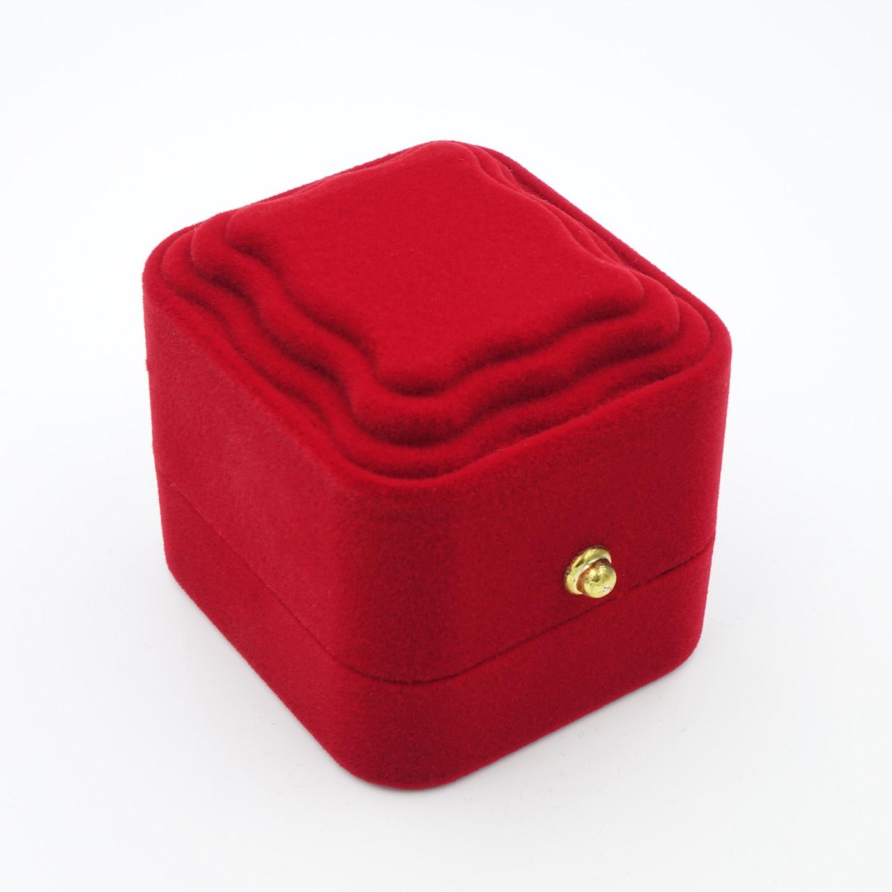 """Футляр под кольцо  """"Классика пирамида с узором"""" красный"""