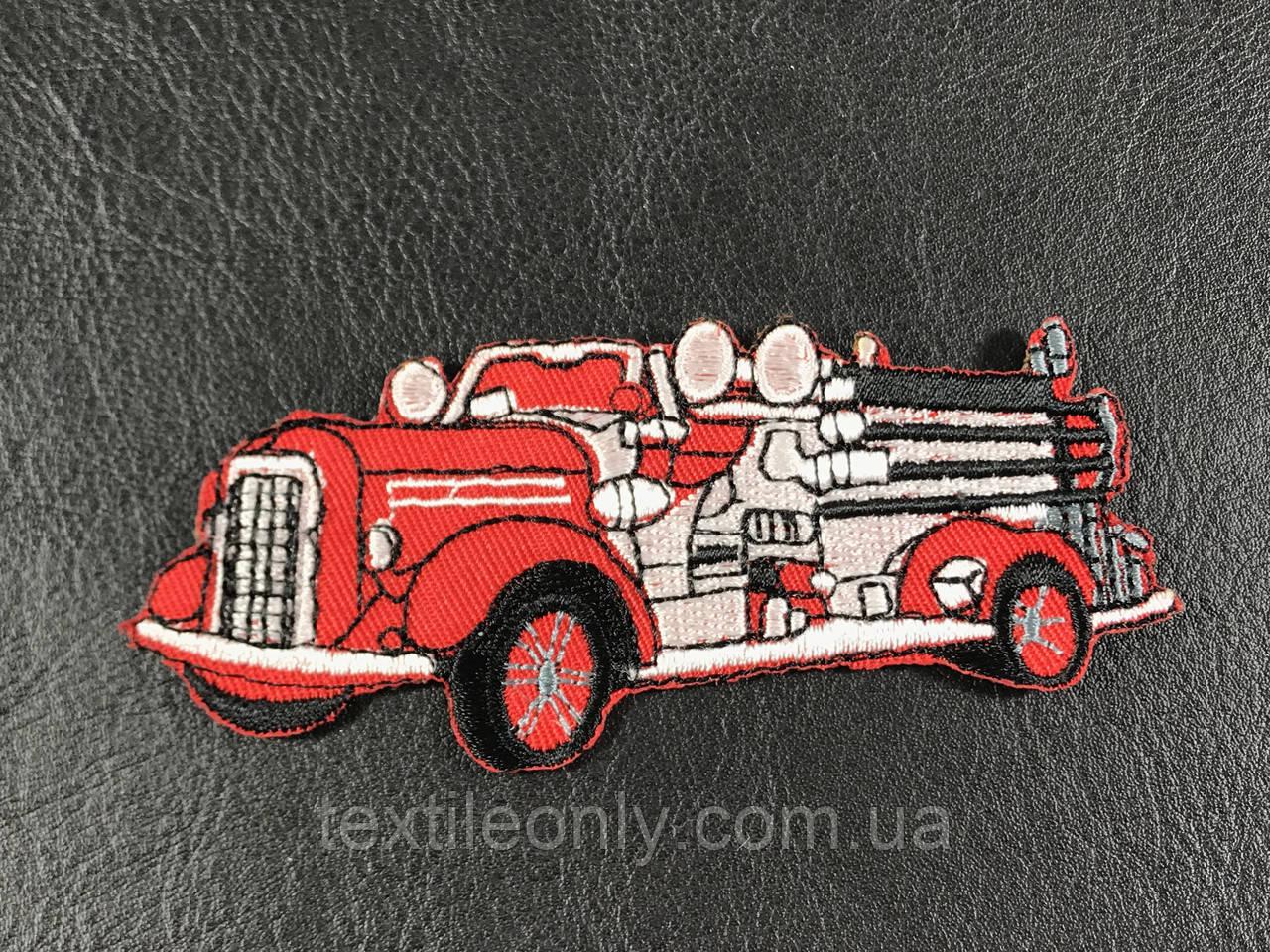 Нашивка пожарная машина цвет красный 95х40 мм