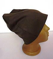 Молодежная трикотажная коричневая женская шапка