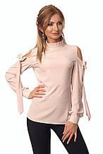 Женская блуза пудрового цвета