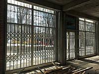 Раздвижные решетки с декоративной верхней решеткой, фото 1