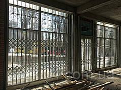Раздвижные решетки с декоративной верхней решеткой