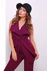 Стильная женская длинная жилетка на запах с поясом и карманами баклажановая