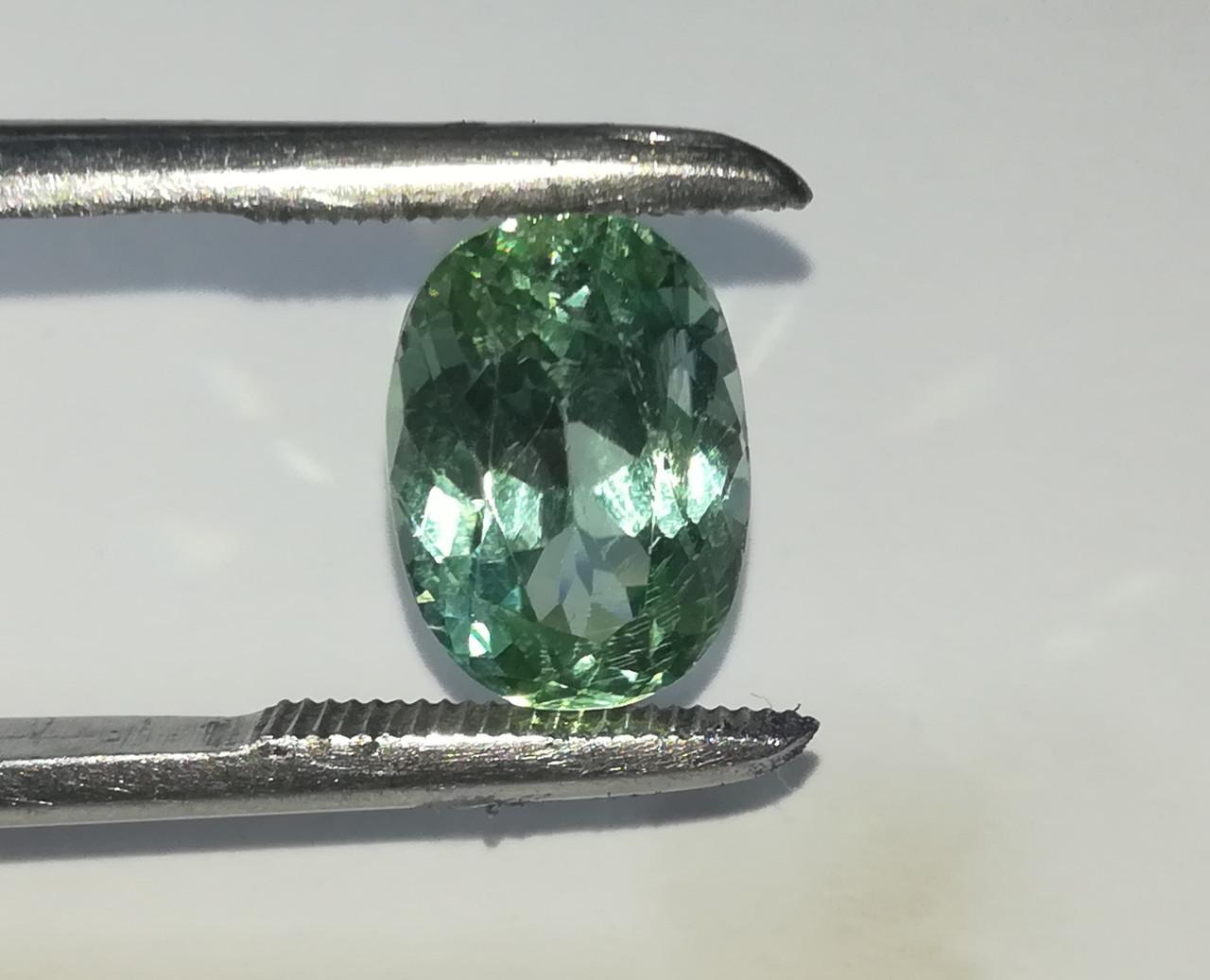 Нуристанит, Гидденит 7.51 Ct