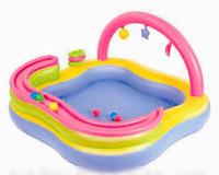 Детский надувной игровой центр BestWay 52125 c горкой для 6 шариков 157 х 157 х 89 см