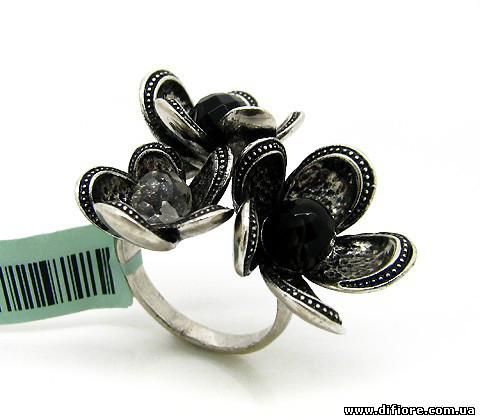 Эффектное кольцо черненое серебро