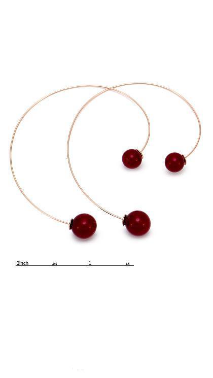 Тонкие серьги-протяжки с красной бусиной