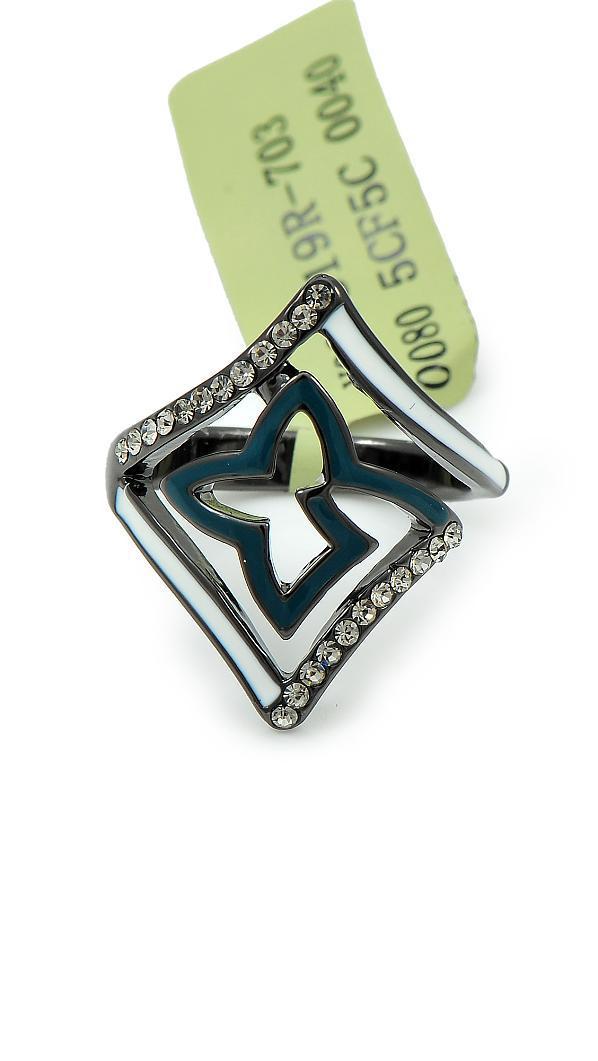 Дивное кольцо с ювелирной эмалью и фианитами