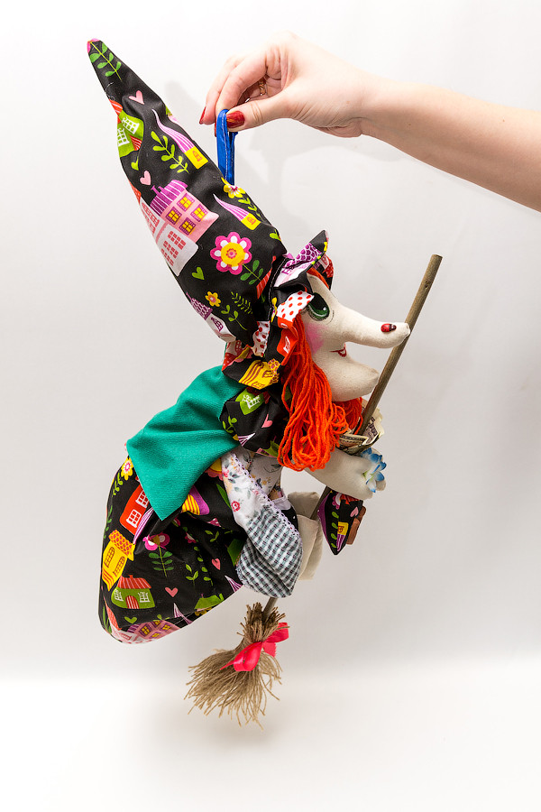 Текстильная кукла  Vikamade Ведьмица летящая малая