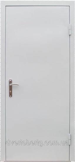 Техническая металлическая дверь модель одно листовая светло серая.