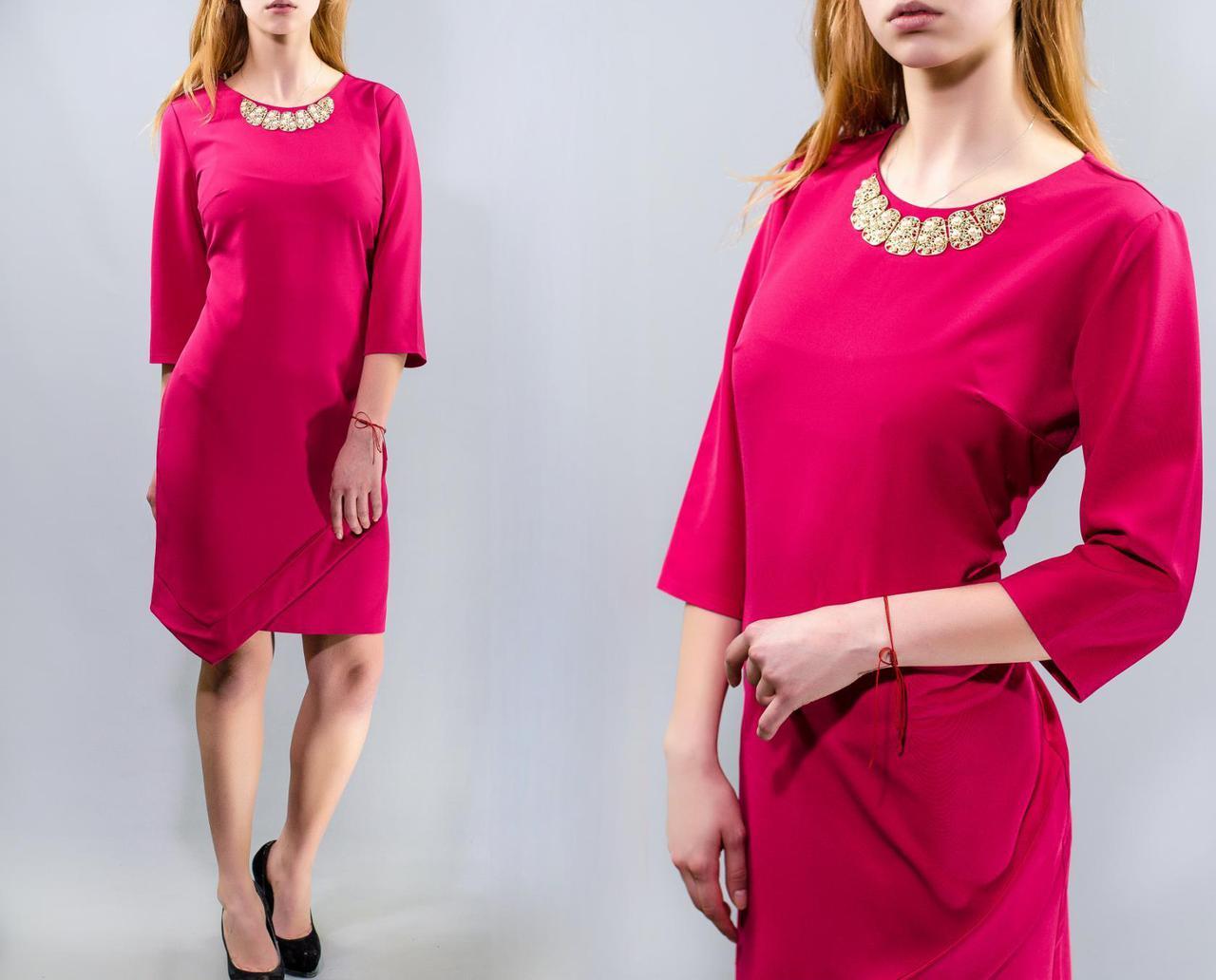 """Стильное женское платье асимметрия, ткань """"Костюмная"""" с украшением 50 размер батал"""