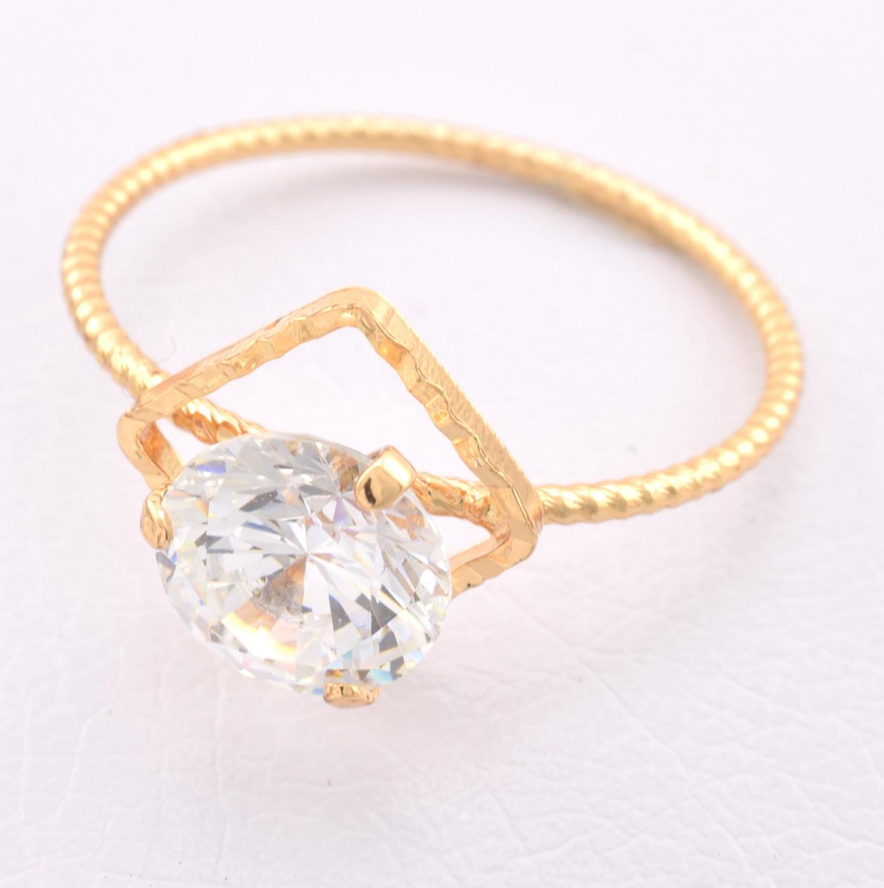 Кольцо 15493 размер 19, белый фианит, позолота 18К