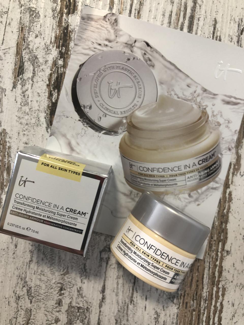 Ультра-увлажняющий крем для лица IT COSMETICS Confidence in a Cream