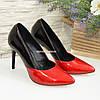 Классические женские лаковые туфли на шпильке, цвет красный/черный, фото 4