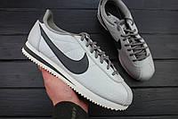 Кроссовки женские Nike Wmns Classic Cortez SE Metallic Pewter/Summit White / 902856-006, Найк Кортез (Реплика)