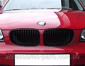 Решетка радиатора черная BMW E81/ E82/ E88 Новая Оригинальная