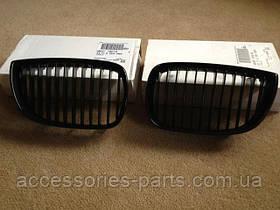 Решетка радиатора BMW E81/ E87 (черная) BMW Performance m-пакет Новая Оригинальная