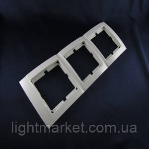 Рамка розетки тройная горизонтальная Аватар, фото 2