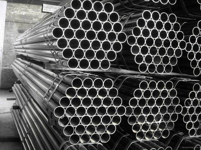 ЕС планирует ввести ограничения на импорт стали