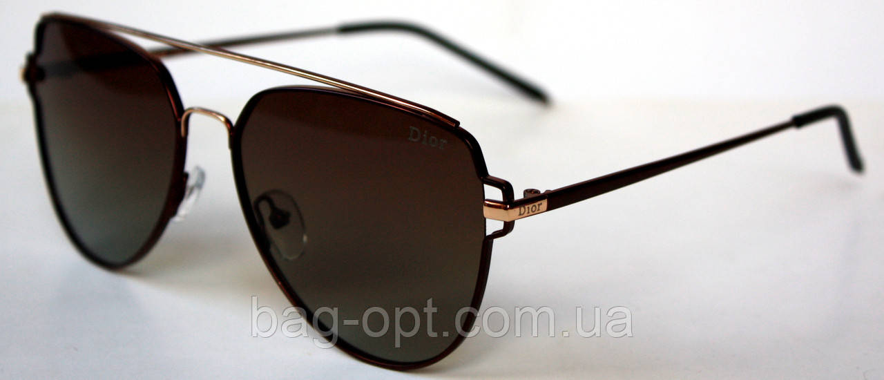 Сонцезахисні окуляри з поляризацією