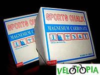 Спортивная магнезия : используется как в гимнастике, и в силовых видах спорта