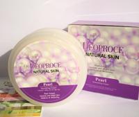 Питательный осветляющий крем с экстрактом жемчуга Deoproce Natural Skin Pearl Nourishing Cream