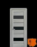 Межкомнатные двери Новый Стиль Лилу черное стекло (ясень патина)