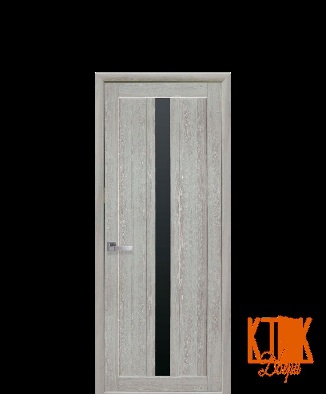 Межкомнатные двери Новый Стиль Марти черное стекло (ясень патина)