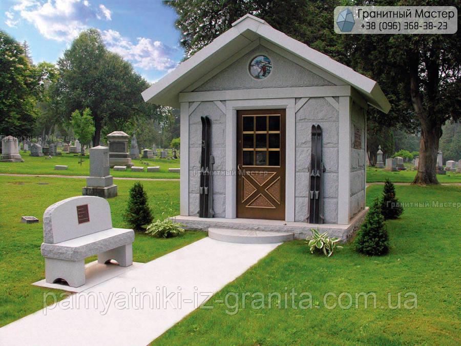 Склеп на кладбище № 12