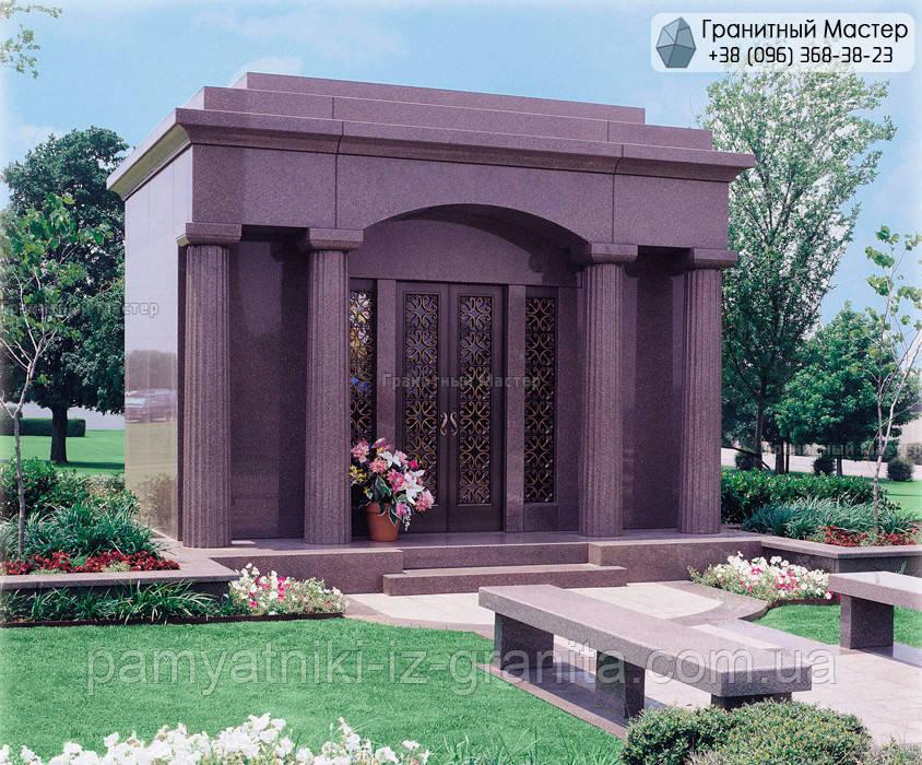 Склеп на цвинтарі № 13