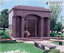 Склеп на кладбище № 13