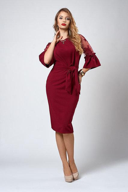 f919c0288cd1 Молодежное платье-футляр бордового цвета с рюшами и сеточкой на рукавах