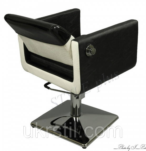 Кресло парикмахерское с подвижной спинкой ZD-370