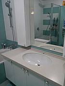 Столешница в ванную из акрила Tristone F106