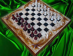 Різьблені шахи